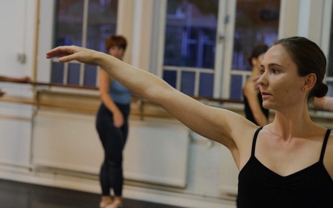 23. Klassiek ballet beginners – volwassenen – woensdag 10.15-11.15