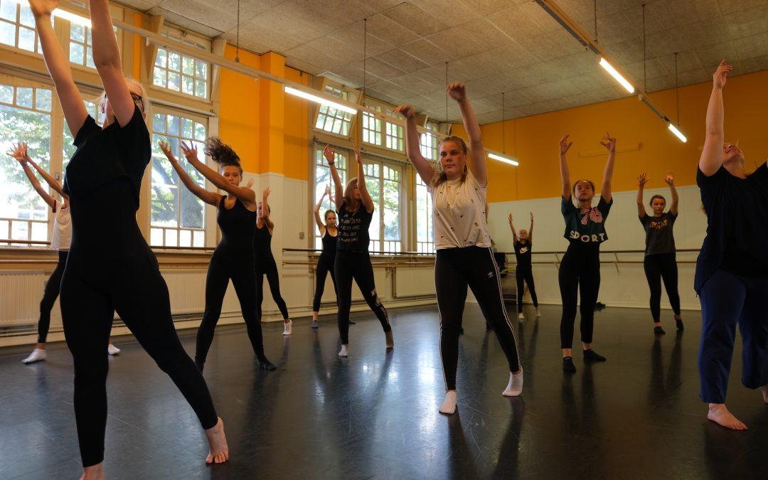 32. Moderne dans – 12 – 15 jaar (donderdag)